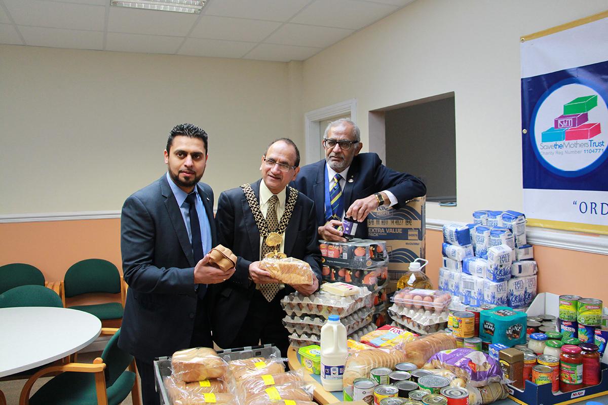 SMT & Bradford Lions Food bank Collection